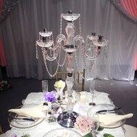 5 pçs/lote New design 90 cm altura Acrílico liga 5-braços candelabros de casamento com pingentes de cristal de prata banhado suporte de vela