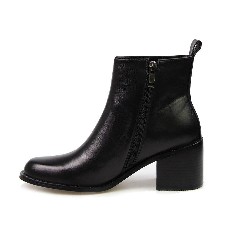 ISNOM 2018 nuevos tacones cuadrados zapatos tobillo botas de cuero Real mujer botas de invierno superestrella Chelsea botas cremallera calzado femenino-in Botas hasta el tobillo from zapatos    2