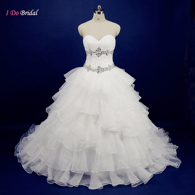 2017 New Design White Ball Gown Wedding Dresses Organza Ruffles Sweetheart Country Western Bridal Dress Rhinestone