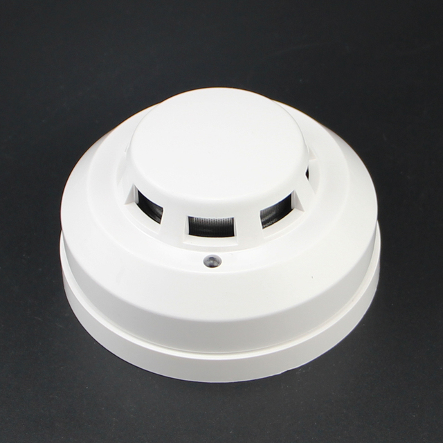 New Brand Wired Networking Sensor Smoke Detector For Sale/Optical Host components Smoke Detector Alarm For gsm alarm system