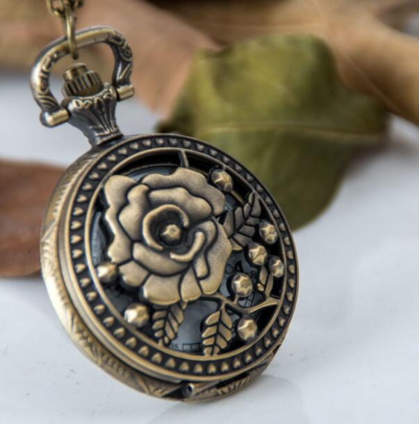 Wholesale Buyer Price Good Quality Fashion Girl Lady Retro Vintage Bronze Rose Flower And Butterfly Pocket Watch Necklace Hour