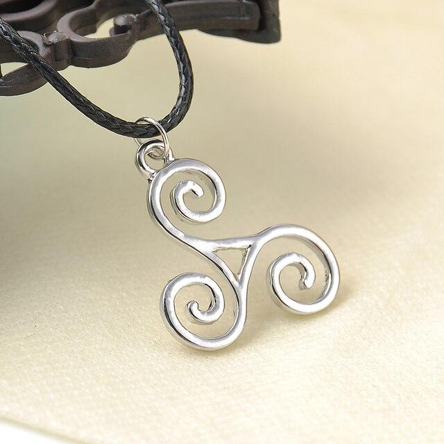 Волчонок ожерелье triskele Трискелион Эллисон Argent ожерелье обследования корпуса колье ожерелье Бесплатная доставка