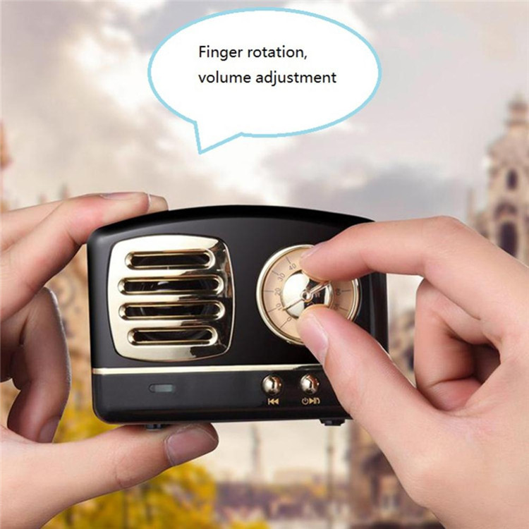 UiRiQi-Bluetooth-Speaker-Vintage-Mini-Wireless-Speaker-Nostalgic-Heavy-Bass-3D-Stereo-Surround-HiFi-Sound-Effects_Radio bluetooth speaker (2)