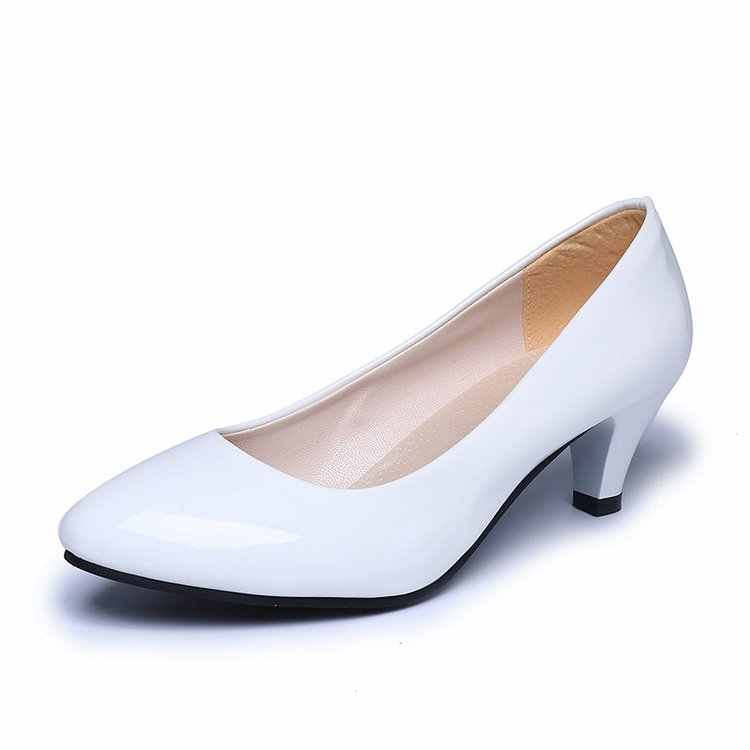 2019 frühling neue komfortable flach mund high heels Koreanische mode casual schwarz frauen sondern schuhe 5 cm professional work schuhe
