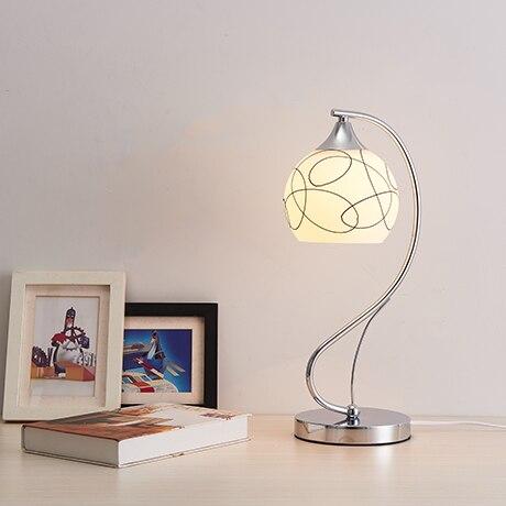 Настольные лампы спальня лампа тумбочка лампа приглушить свет может быть креативны Простые современные декоративные FG507