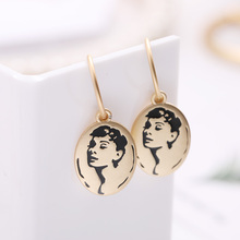 Personality Style Metal Pendant Earrings Simple European And American Girls Portrait Seal Fashion Female Jewelry