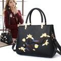 Women Bag 2017 Female Fashion Embroidered Handbags & Crossbody bags Ladies Luxury handbags Women Bags Designer bolsa feminina