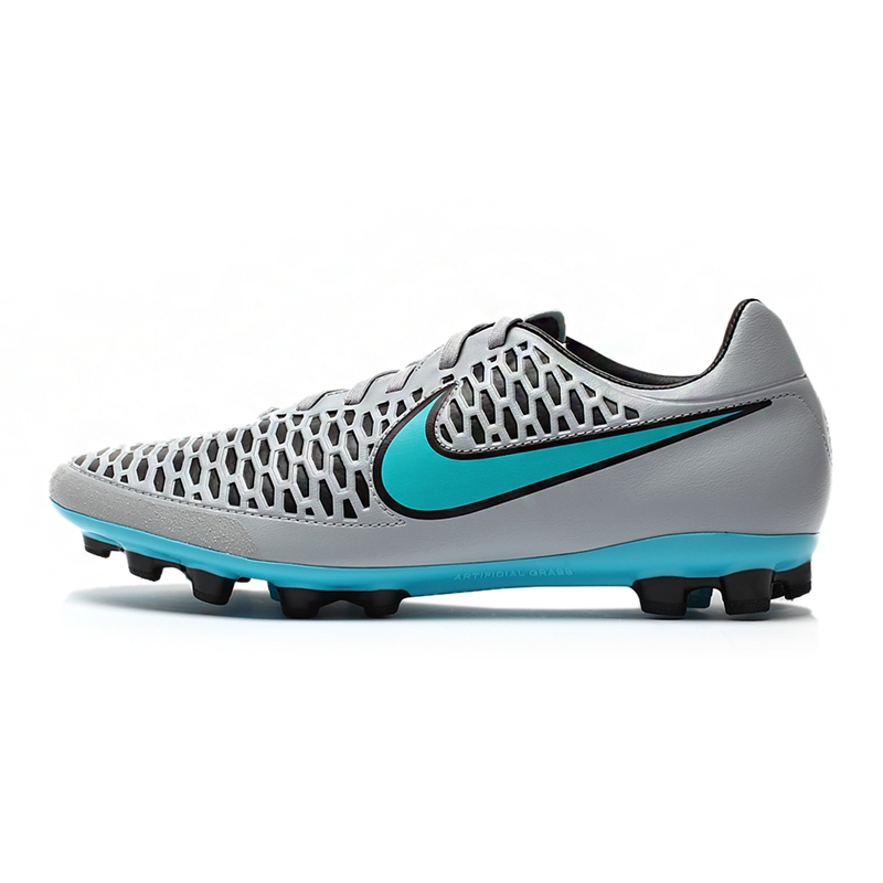 nike new football shoes
