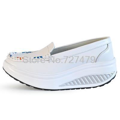 2017 nurse shoes summer and autumn women comfortable flats women  fashion single shoes B766