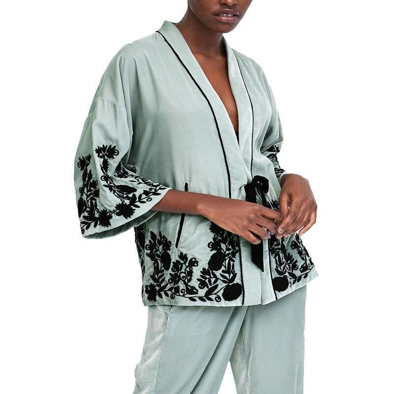 2017 winter coat women casual embroidery womens clothing kimono jacket women loose velvet jacket