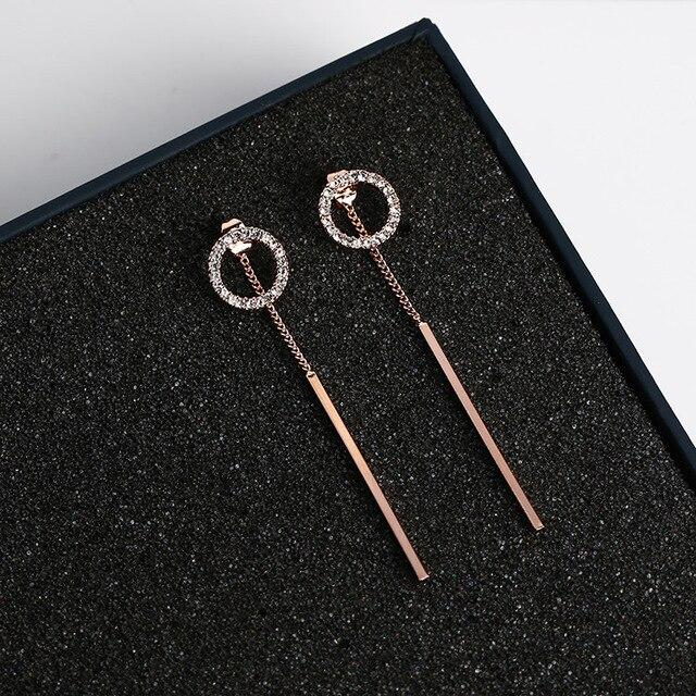 Shiny Rhinestone Circle Dangle Earrings 1