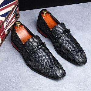 Image 1 - Formale schuhe männer Leder Frühling Herbst Oxford Faulenzer Atmungs Wohnungen Männer Sapatos Masculino Bequeme Schuhe zapatos de hombre
