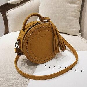 Image 2 - Vintage Scrub Lederen Crossbody Schoudertas Voor Vrouwen Ronde Mode Kwastje Messenger Bag Vrouwelijke Casual Tassen Hot Koop Sac