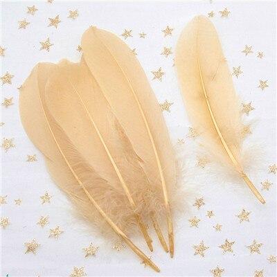 Натуральные лебединые перья 14-20 см, многоцветные гусиные перья, шлейф для рукоделия, свадебных украшений, рукоделия, украшения для дома, 50 шт - Цвет: kakhi 50pcs