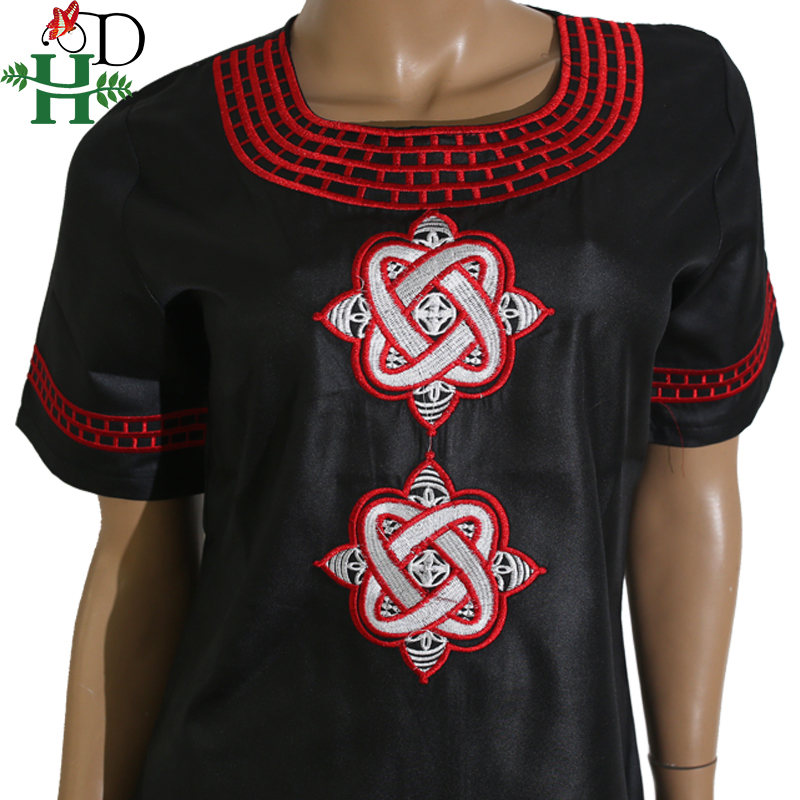 Купить с кэшбэком H&D 2020 African Women Clothing Short Sleeve Dashiki Set Embroidery Floral White Black Lady Blouse Top with Pants Robe Africaine