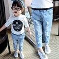 2017 Nova Primavera & Outono Bebê Crianças Casual Jeans Rasgado Pouco Meninas Moda Buracos Denim Calças Calças de Roupas infantis G538