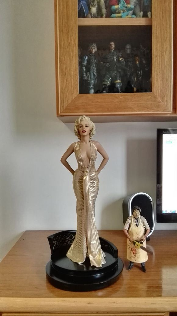 NEW hot 40cm Sexy Marilyn Monroe collectors action figure toys Christmas gift doll new hot 40cm super hero punisher collectors action figure toys christmas gift doll