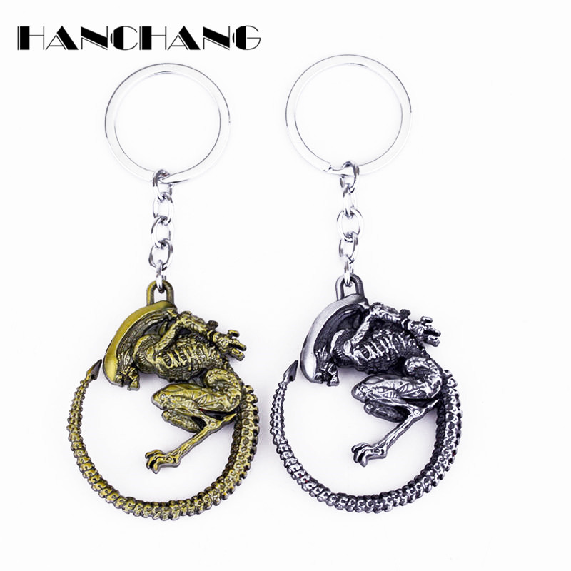 Men Cool Jewelry Game Aliens Predator AVP Keychain Alien Queen pendant keyring Accessories Key Chains For Fans Gift
