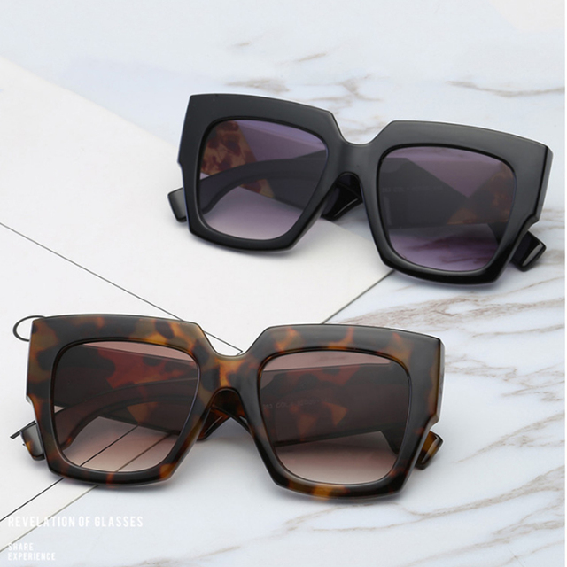 7a27caae870 2018 Luxury Designer Women Sunglasses Cat Eye Oversize Square Shaper Clear  Lens Sun Glasses Fashion Lady