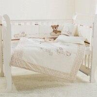 Горячая 9 шт./компл. хлопок детская кроватка Постельное белье новорожденных кроватки Постельные принадлежности Съемная Стёганое одеяло Под