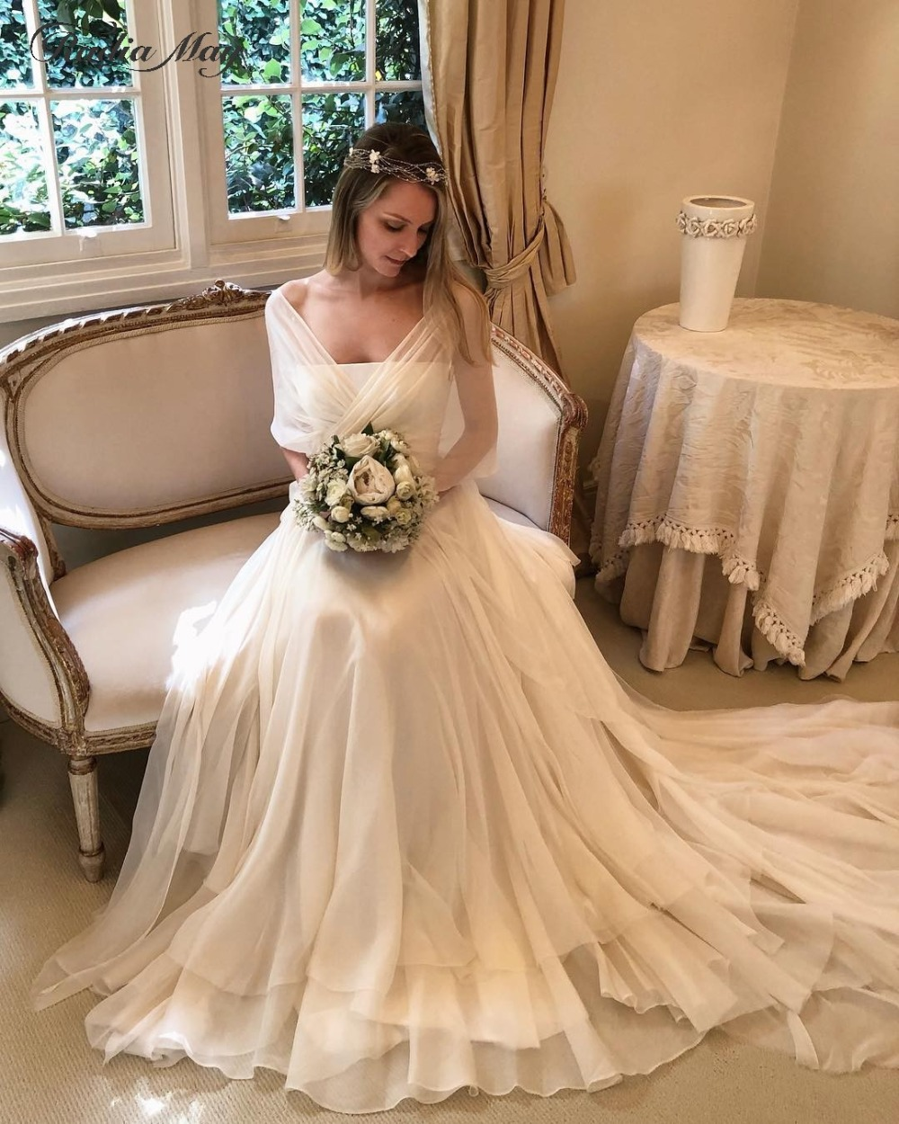 Boho Ivory Chiffon Country Western Wedding Dresses with Cap Sleeves Sexy V-Neck Backless Beach Garden Wedding Dress 2019 Vintage