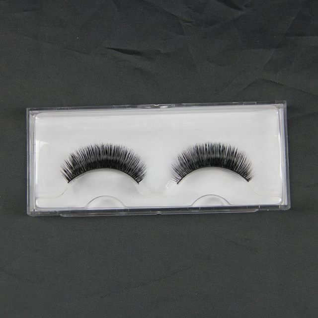 c26c552b680 1) false eyelashes adhesive coated with a little edge, because both ends  off easily,