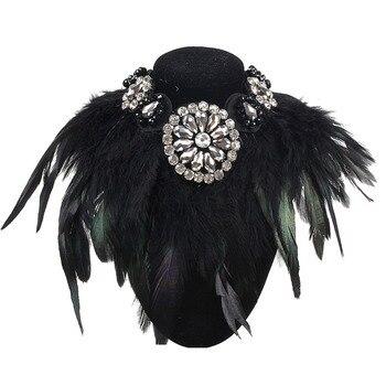 dba9fff5f62d Diseño de lujo joyería encanto exagerar Collar de plumas negras Collar de  cristal colgante de declaración collares de moda