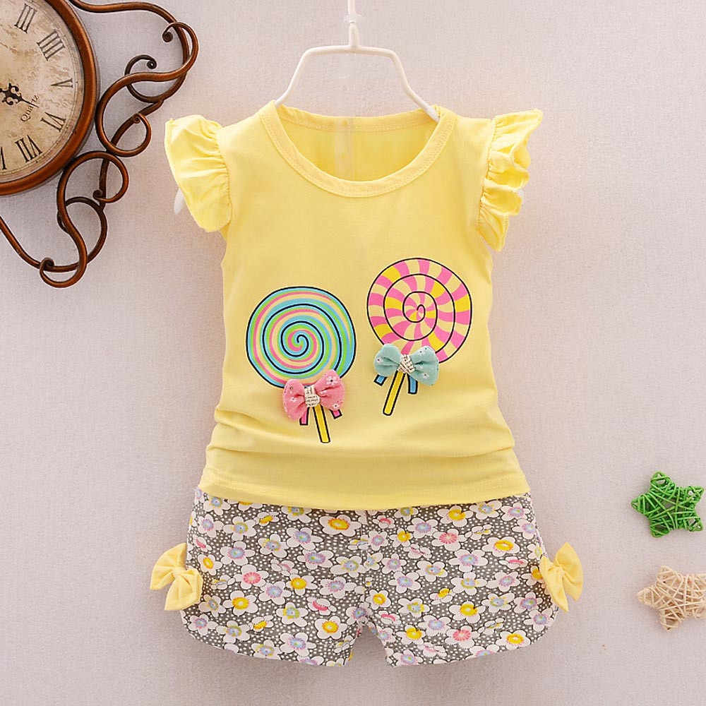 女の子服 2 個衣装について設定しますキャンディーtシャツかわいいトップス + ショートパンツ服セット夏の服十代の少女