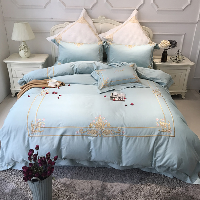 Luxury Blue 80S Egyptian cotton Embroidery Royal Bedding sets Queen King Wedding Duvet cover Bed sheet set Pillowcases 4/6pcsLuxury Blue 80S Egyptian cotton Embroidery Royal Bedding sets Queen King Wedding Duvet cover Bed sheet set Pillowcases 4/6pcs