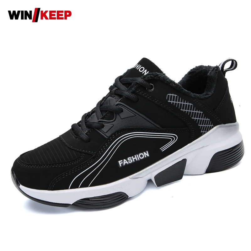 2018 New Mens Thick Sports Shoes Non-Slip Running Shoes Low Help Fur Lining Warm Shoes Wear-Resistant Round Toe Shoes Plus Size