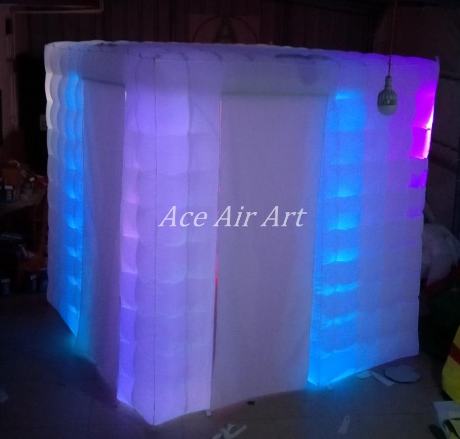 Cabine de photo gonflable d'éclairage de LED de nouveauté, cube de partie avec la porte à côté des rideaux étroitement attachables et l'endroit plus lumineux - 3