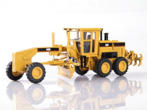 Norscot Caterpillar CAT 140H Vintage Motor Grader 1/50 Scale Diecast Model 55030 large 24x24 cm simulation white cat with yellow head cat model lifelike big head squatting cat model decoration t187