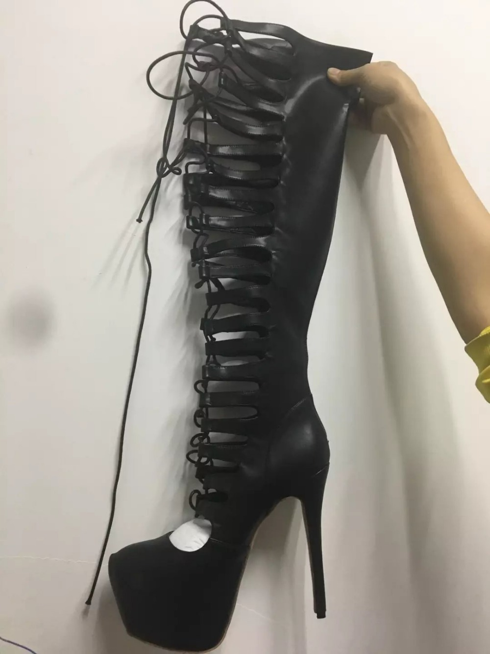 real picture 2017 summer black high heels over the knee boots cut-outs gladiator sandals women cross-tied platform shoes women stretch fabric gladiator sandals boots women cut outs high heels shoes knee high boots summer open toe boots sandalias femininas