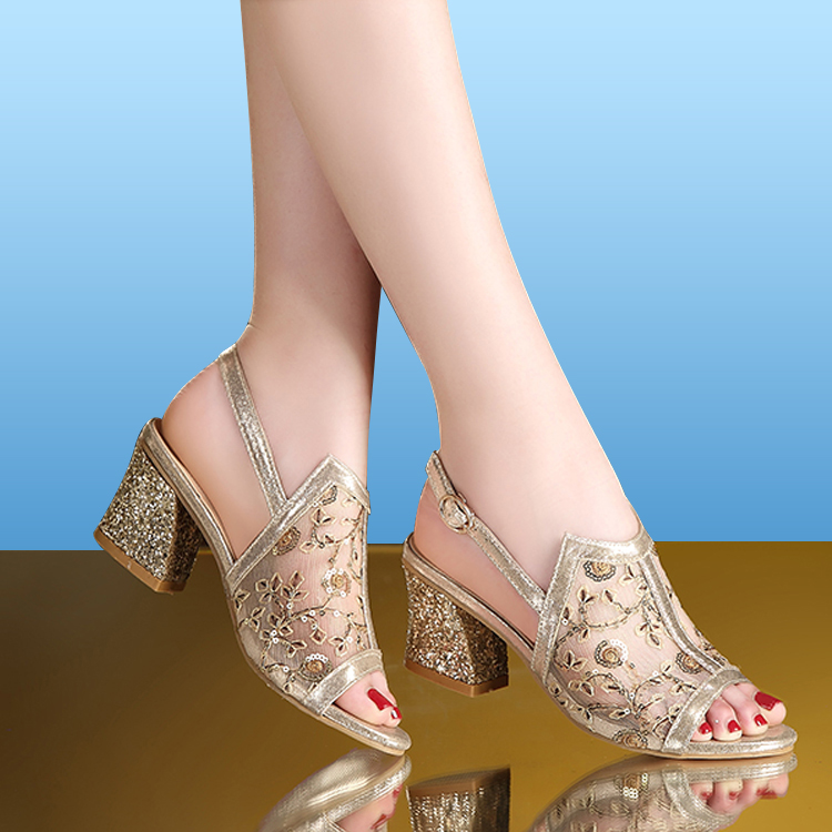 2018 Summer Woman Sandals Gold Open Toe Sandal Lace Dress Shoes Womens High Heels Sandals Square Heeled Pumps Ladies Shoes 66H85(China)