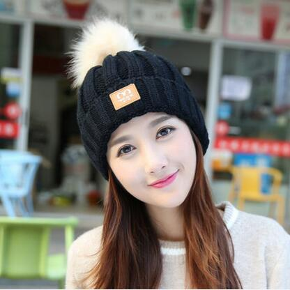 new Hat female winter students knitting Baotou autumn and winter plus velveteen wool sweater warm care