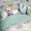 Cuna bedding set recién nacido edredón sábana cubierta de funda de almohada 100% algodón patrón de la corona de diamantes para niñas niños