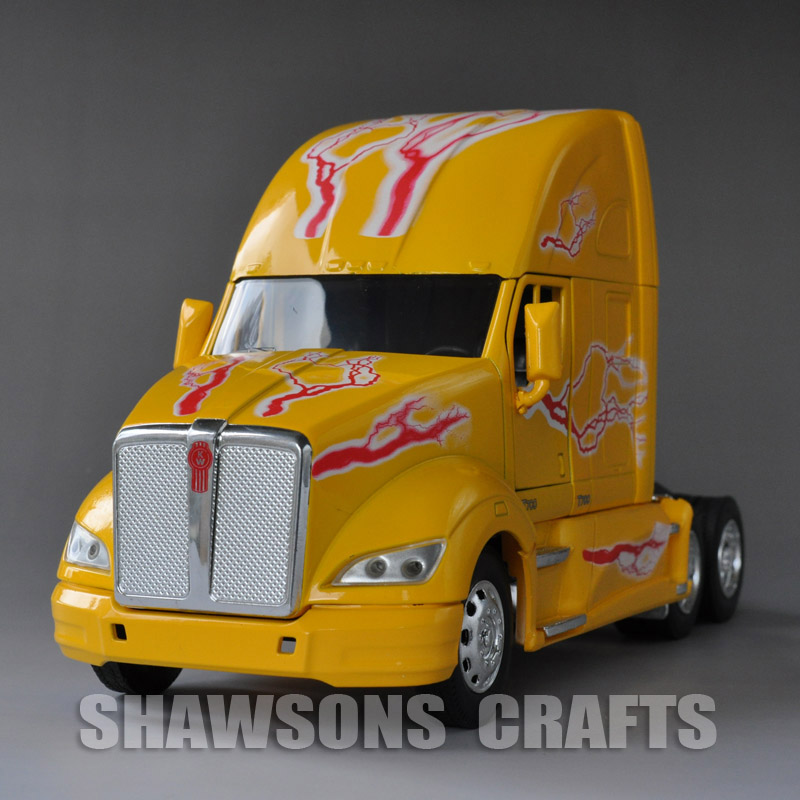 2da07fffc3867 1 32 Diecast Vehicle Model Toy Kenworth T700 Semi Trailer Truck Replica  Yellow