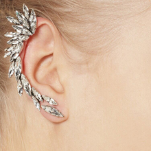 IPARAM 1pcs Right Ear Clip Fashion Rhinestone Hot Earcuff Jewelry Meniscus Silver Plated Clip On Earrings Jewelry Gift
