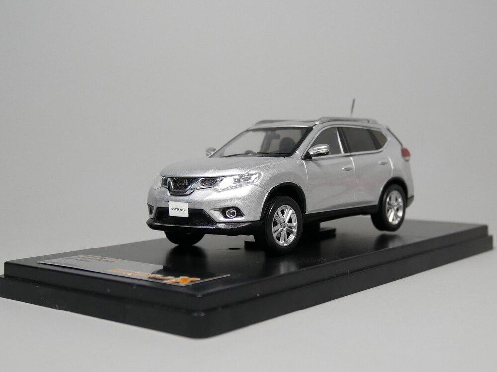 PREMIUM X 1:43 Nissan X-TRAIL 2015 Diecast model car цена