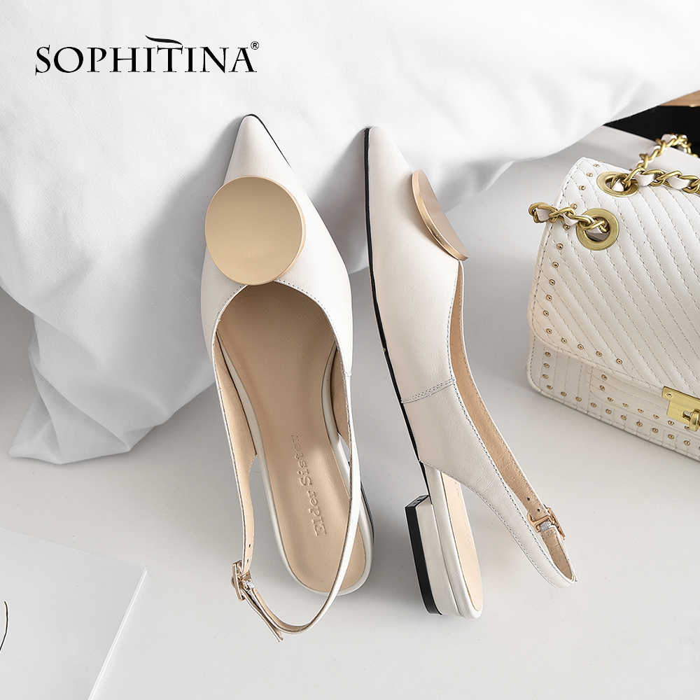 Sophitina Người Phụ Nữ Thanh Lịch Mũi Nhọn Dép Xăng Đan Da Thật Cao Cấp Công Sở Nữ Thời Trang Vòng Kim Loại Trang Trí PO186