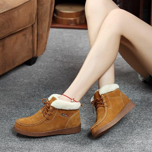 Yeni kadın ayakkabısı Rahat Kısa Saç Çizmeler 2019 Sonbahar Kış Kar Botları Deri Ikinci Tabakası Eğlence Sıcak pamuklu ayakkabılar