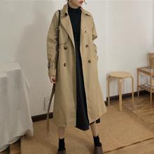 Wiosna i jesień kobiety moda marka Korea styl pas biodrowy luźne Khaki kolor wykopu kobieta na co dzień eleganckie miękkie długi płaszcz tkaniny tanie tanio Bawełna Japan style Suknem Pełna X długości Skręcić w dół kołnierz Regulowany pas Podwójne piersi Wysokiej talii
