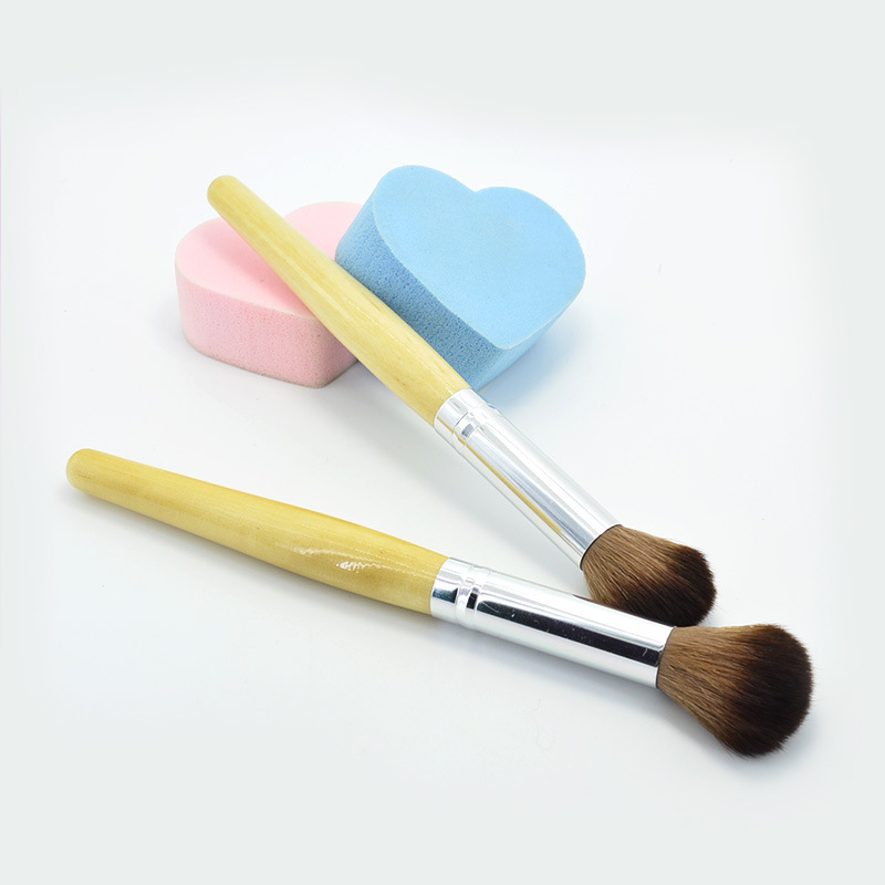 Fashion Wooden Handle long Pole Powder Makeup Brush Premium Full Function Blending Powder Foundation Brush pinceis de maquiagem(China)