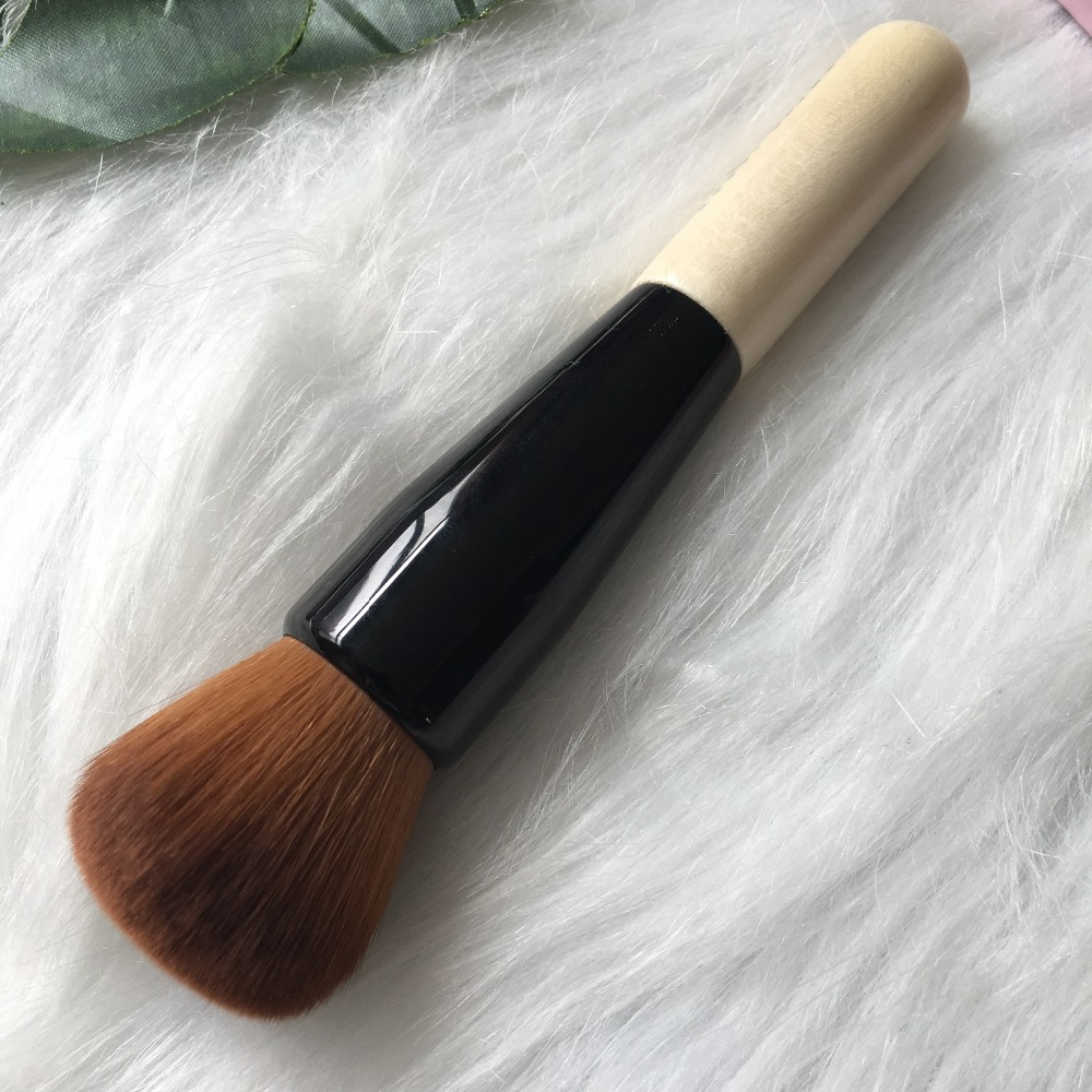 BB Series Full Coverage Face Blender Blush Powder Brushes Professional Makeup Brushes Magic Sponge  Foundation Cosmetic Brush