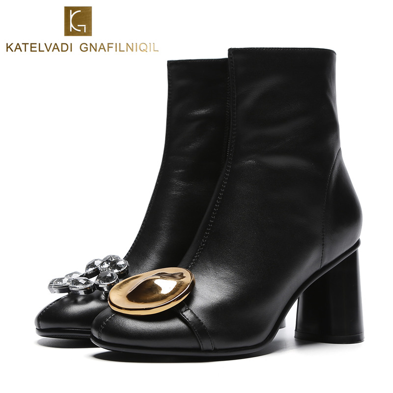 Chic Crystal Ankle Boots Woman Shoes Black PU Woman Autumn Boots Fashion Round Toe 7CM High Heels Women Boots Ins Shoes K-203 hot chic woman leather ankle boots spring autumn round toe metal decro side zip black boots high heels woman design runway boots