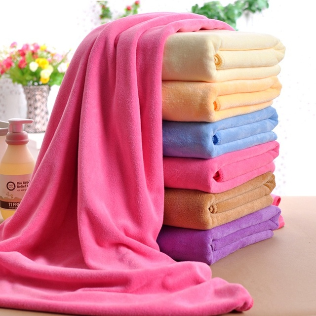 NEW Lightweight & Large Soft Microfibre Bath Towel