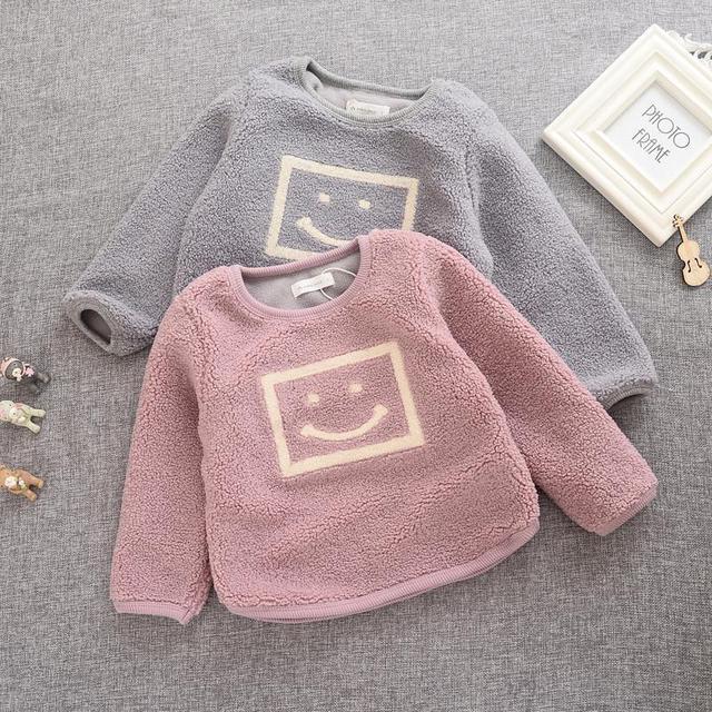 Bebê Roupas de Inverno 2016 Algodão de Manga Comprida T-shirt Do Bebê Menina Hoodies Das Camisolas para a menina Pullover berber Lã de Cordeiro casaco de lã