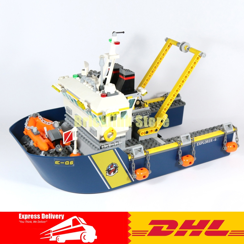 Lepin 02012 774Pcs City Series Deep Sea Exploration Vessel Building Blocks Compatible 60095 Brick Toy in stock lepin 02012 774pcs city series deepwater exploration vessel children educational building blocks bricks toys model gift