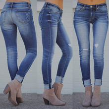 6809611e6 2018 Mulheres de Outono Mais Elástico Buraco Solto Jeans Casual Pés  Pequenos Cortadas Jeans Denim Mulheres Skinny jeans Elastic .