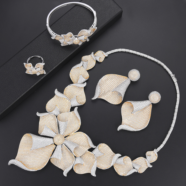 Luxury Cubic Zirconia Silver Jewelry Set